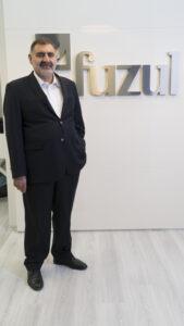 Başakşehir'de onuncu projesine başlayan Fuzul Yapı, satışa çıktığı gün projenin yarısından fazlasını sattı. 405 daireyi bir günde satarak rekora imza atan Fuzul Yapı, 663 milyon TL hasılat elde etti.